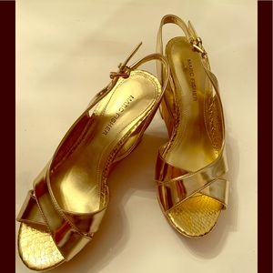 Marc Fisher Shiny Goldtone Shoes 6 1/2M